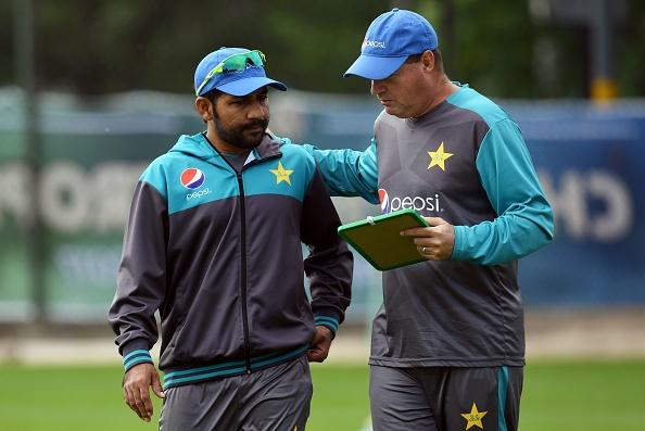 महा मुकाबले से पहले पाकिस्तान के कप्तान सरफराज़ खान ने चली विराट कोहली के खिलाफ यह खास चाल 9