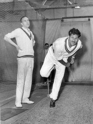 इन 10 गेंदबाजो के नाम है टेस्ट मैच की एक पारी में सबसे ज्यादा रन लुटाने का शर्मनाक रिकॉर्ड, 3 भारतीयो का नाम भी हैं शामिल 8