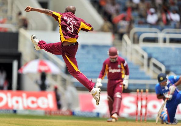 कभी भारत के सामने वेस्टइंडीज की साख बताने वाले इस खिलाड़ी ने अपने ही बोर्ड पर लगाये ये गंभीर आरोप 7