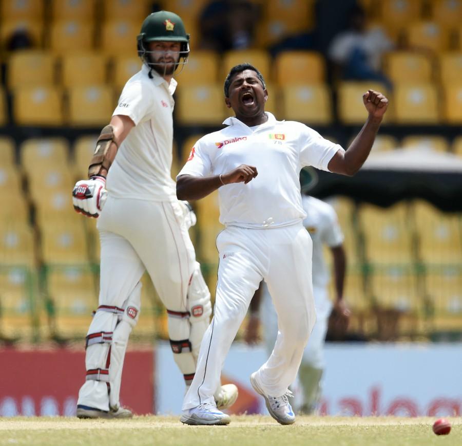 इन 10 गेंदबाजो के नाम है टेस्ट मैच की एक पारी में सबसे ज्यादा रन लुटाने का शर्मनाक रिकॉर्ड, 3 भारतीयो का नाम भी हैं शामिल 6