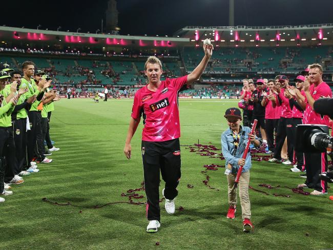 स्मिथ या वार्नर नहीं बल्कि इस भारतीय खिलाड़ी का फैन है ब्रेट ली का 10 साल का बेटा 2