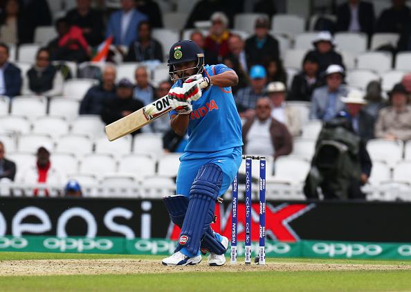 धोनी और कोहली के नहीं बल्कि इस स्टार भारतीय खिलाड़ी के आउट होने पर सबसे ज्यादा खुश हुए थे पाकिस्तानी कप्तान सरफराज 2