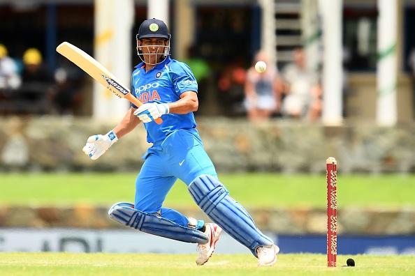 भारतीय चयनकर्ता किरन मोरे और सैयद किरमानी ने किया साफ कि 2019 विश्वकप में किस खिलाड़ी को मिलेगी धोनी की जगह 1