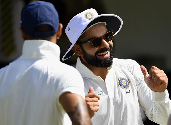 दुसरे टेस्ट में अर्द्धशतक लगाने के बाद जडेजा ने की तलवारबाजी तो कप्तान कोहली ने दी कुछ ऐसी प्रतिक्रिया देख नहीं रुकेगी हँसी 4