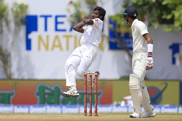भारत और श्रीलंका के बीच खेले जा रहे दुसरे टेस्ट के बीच चोटिल होकर बाहर हुआ स्टार खिलाड़ी 1