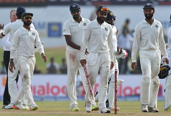 दुसरे टेस्ट में अर्द्धशतक लगाने के बाद जडेजा ने की तलवारबाजी तो कप्तान कोहली ने दी कुछ ऐसी प्रतिक्रिया देख नहीं रुकेगी हँसी 5