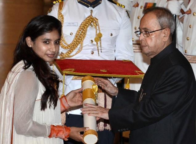 सलमान, शाहरुख और अक्षय नहीं बल्कि यह अभिनेता है मिताली राज का क्रश, करना चाहती है शादी, लेकिन.... 3