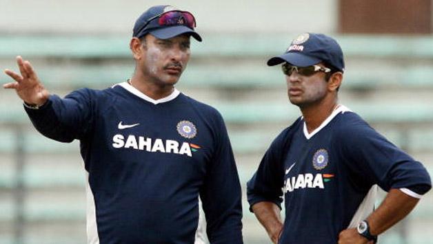 भारतीय टीम के मुख्य कोच रवि शास्त्री ने राहुल द्रविड़ को लेकर लिया यू-टर्न, कहा इस शर्त पर कोच बने रह सकते है द्रविड़ 16