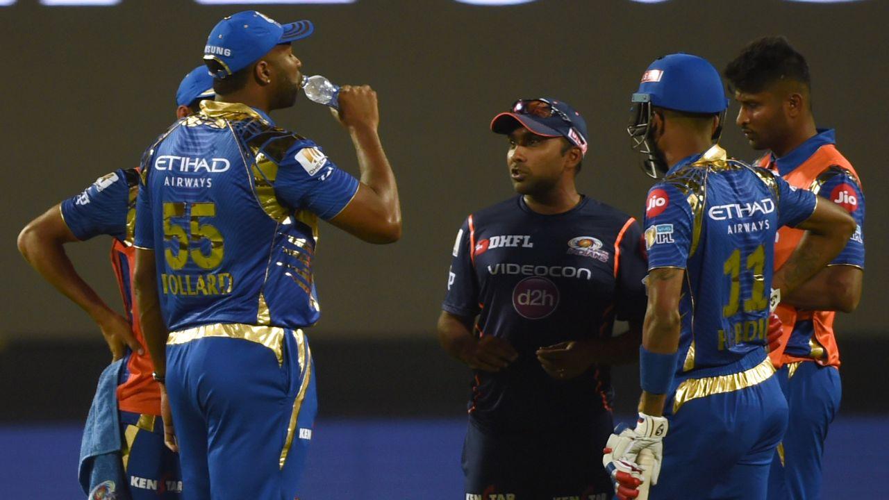मलिंगा नहीं बल्कि मुंबई इंडियन्स के इस दिग्गज को अपनी टीम में शामिल करना चाहता है श्रीलंका