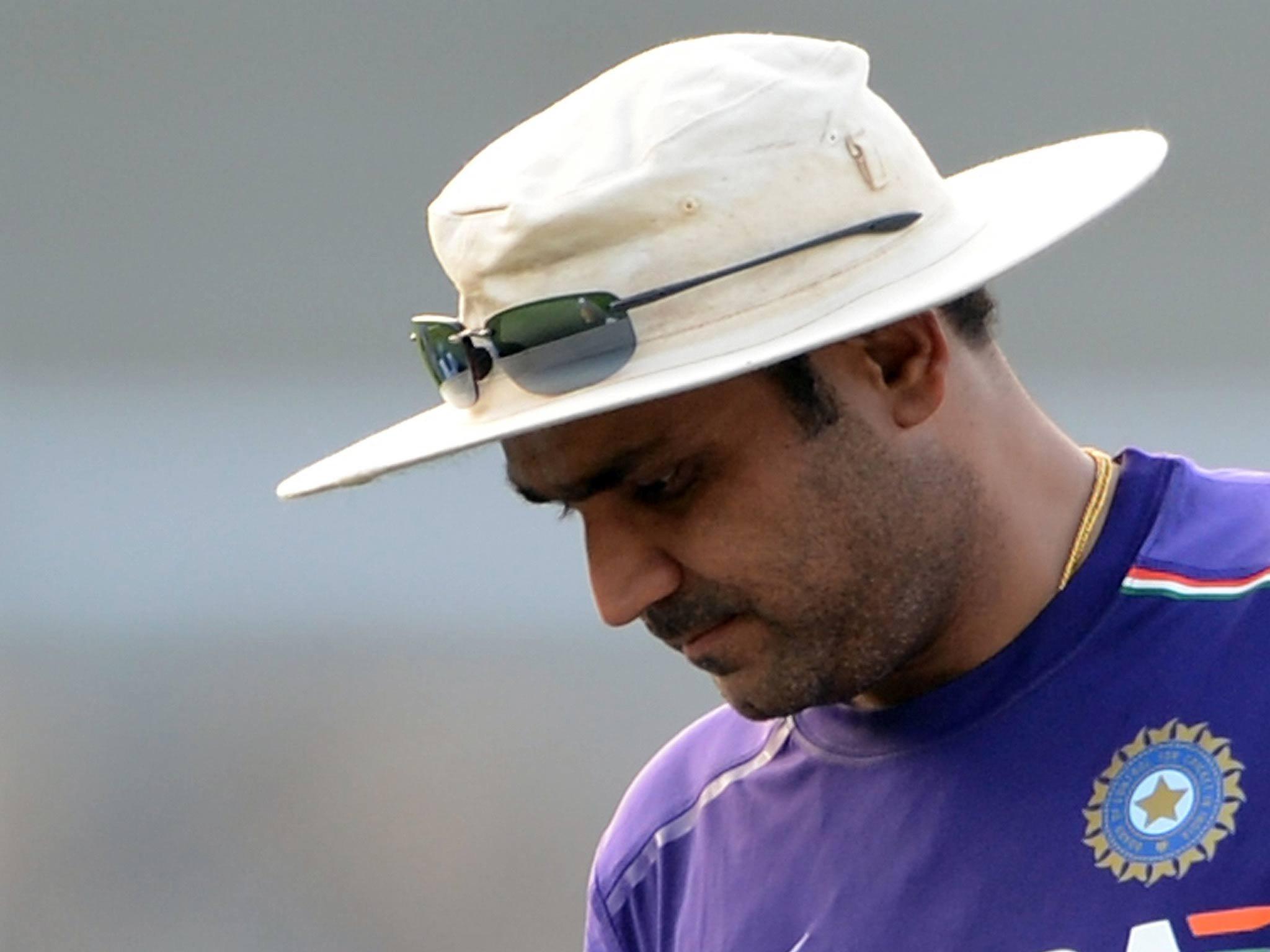 भारतीय टीम का कोच न बनाये जाने के बाद भारत छोड़ ये कहाँ पहुंच गये वीरेंद्र सहवाग