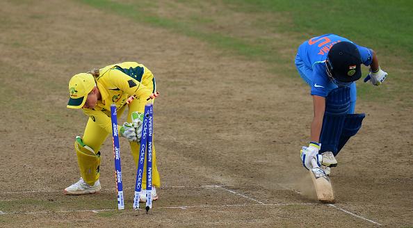 वीडियो: सुषमा वर्मा ने ऑस्ट्रेलिया के खिलाफ मैच में पैरी के साथ किया वो जो 2008 में गंभीर ने कर किया था वाटसन की बोलती बंद 12
