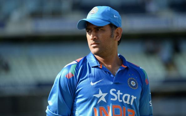 VIDEO: लगातार हो रही आलोचना के बाद धोनी ने बताया क्यों नहीं दी हरमनप्रीत को बधाई, मिताली राज को दिया जीत का मन्त्र 1