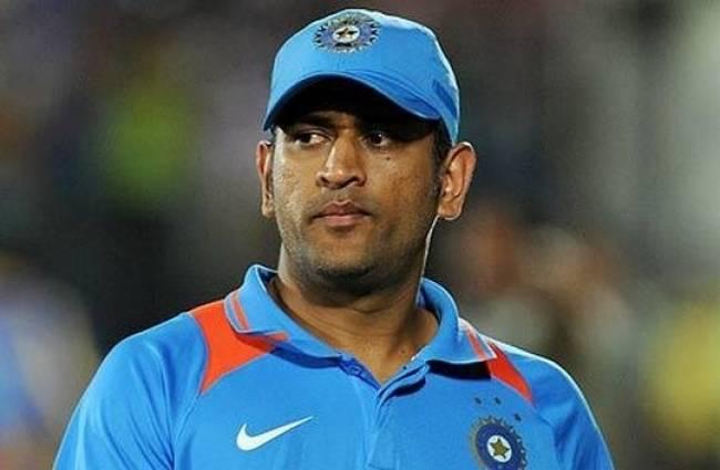 धोनी के लिए आसान नहीं है अगला वर्ल्डकप खेलने की राह, टीम इंडिया में बने रहने के रास्ते में हैं ये रोड़े! 18