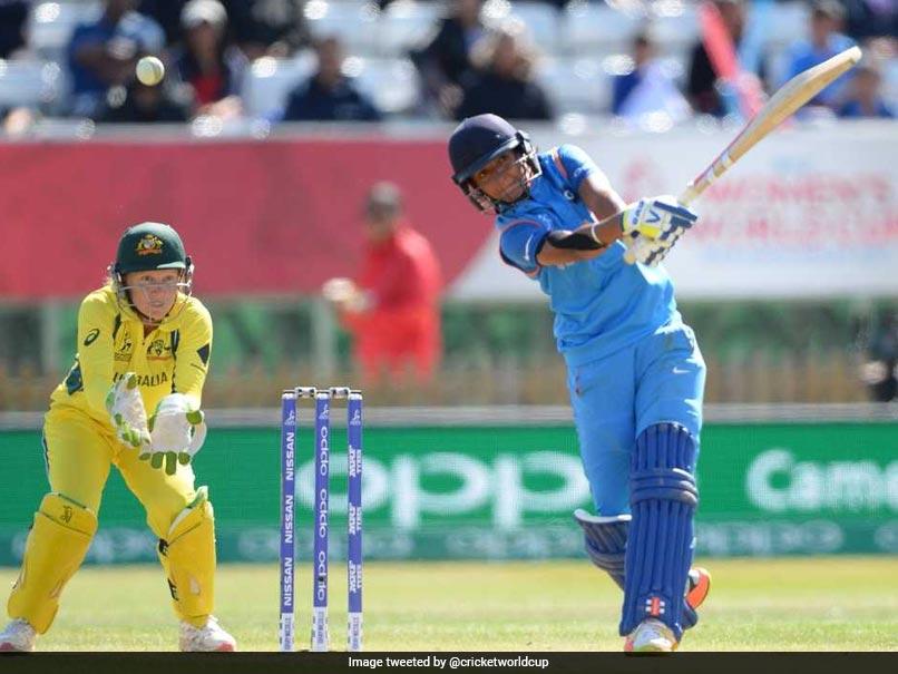 धोनी ने तो नहीं दी हरमनप्रीत कौर को शुभकामनाएँ, लेकिन इस दिग्गज भारतीय खिलाड़ी ने हरमनप्रीत को फाइनल से पहले भेजा खास संदेश 1
