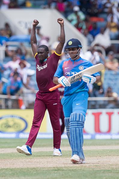 वेस्टइंडीज के खिलाफ मैच हारने के बाद कोहली ने बल्लेबाजों के अलावा इनके सिर फोड़ा हार का ठीकरा 3