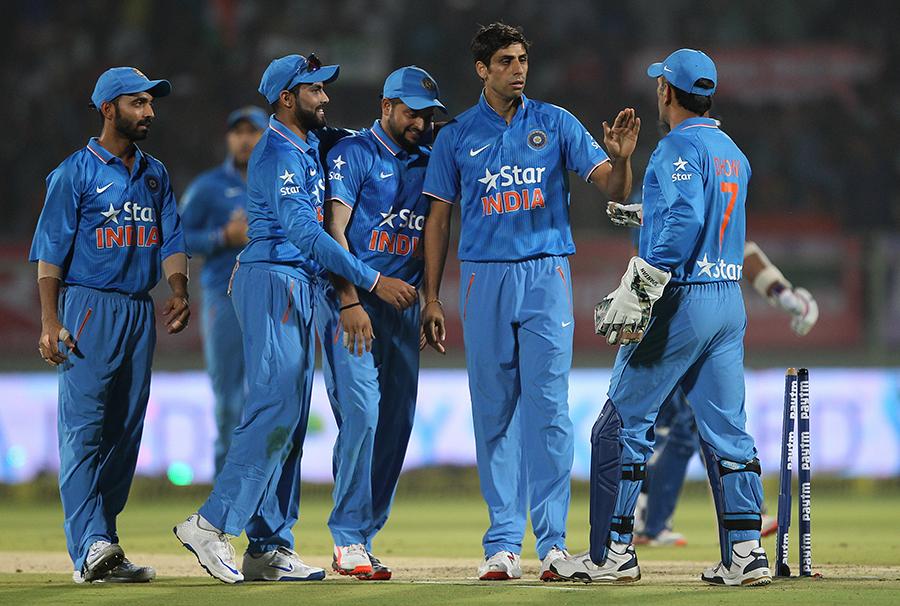 श्रीलंका के पूर्व कप्तान अर्जुन रणतुंगा ने लगाया था विश्वकप 2011 फाइनल पर फिक्सिंग का आरोप अब नेहरा और गंभीर ने दिया करारा जवाब 9