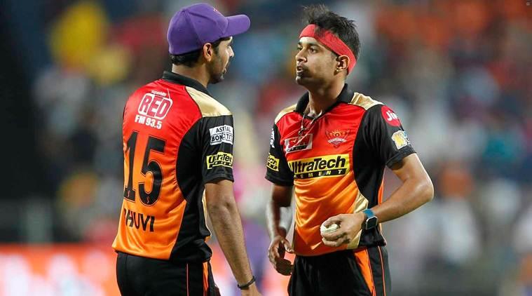 IPL से ठीक पहले इस भारतीय खिलाड़ी ने गुपचुप तरीके से की सगाई, नहीं किया किसी भी खिलाड़ी को आमंत्रित 6