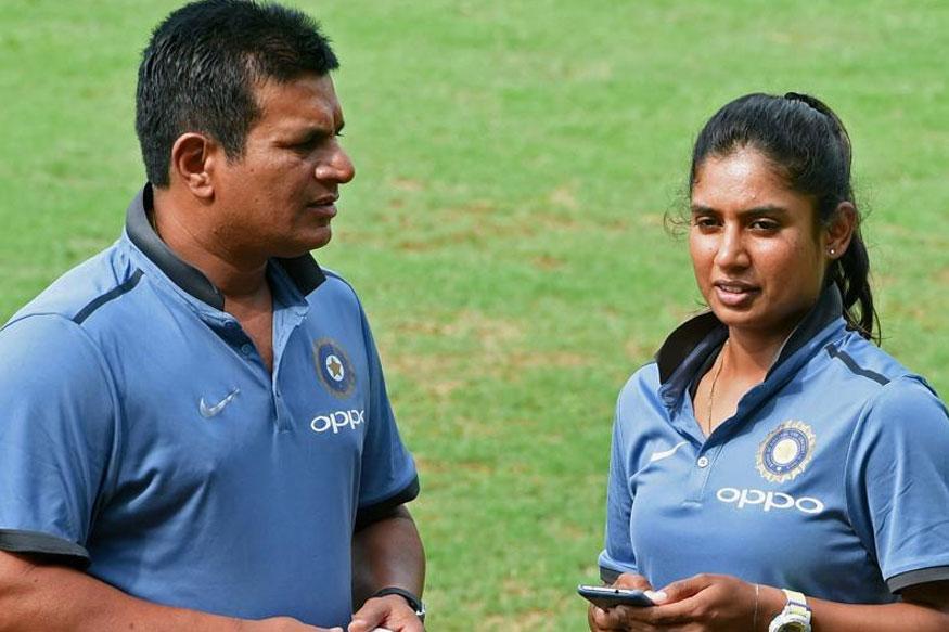मिताली राज नहीं रही दुनिया की नम्बर 1 वनडे बल्लेबाज, अब इस महिला खिलाड़ी ने जमाया नम्बर 1 के ताज पर कब्जा 1