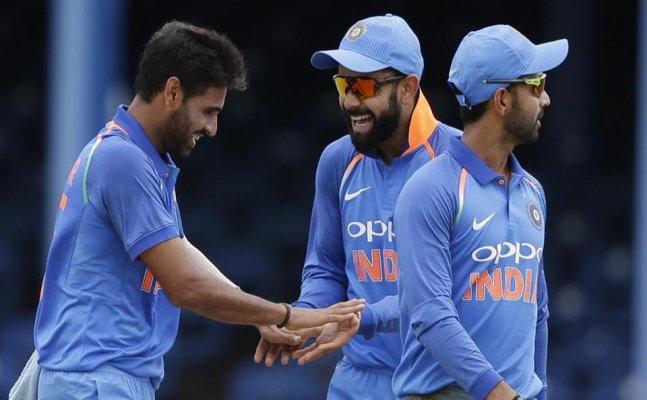 विराट कोहली और धवन जैसे टैटू लवर खिलाड़ियों के बीच महेंद्र सिंह धोनी इस वजह से नहीं बनवाते टैटू 4