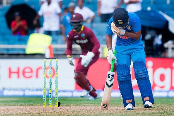 वेस्टइंडीज के खिलाफ मैच हारने के बाद कोहली ने बल्लेबाजों के अलावा इनके सिर फोड़ा हार का ठीकरा 6