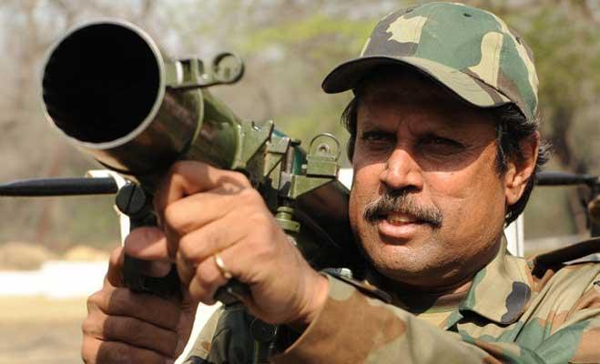 अगर ये भारतीय खिलाड़ी न होते क्रिकेटर तो कर रहे होते आज दुश्मनों से सीमा की सुरक्षा 4