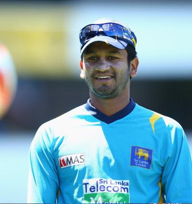 भारत और श्रीलंका के बीच खेले जा रहे दुसरे टेस्ट के बीच चोटिल होकर बाहर हुआ स्टार खिलाड़ी 4