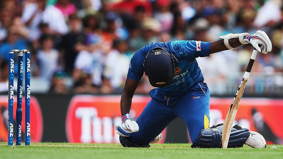 वीडियो: 27.1 ओवर में हार्दिक पांड्या के साथ हुआ दर्दनाक घटना, मैदान से ले जाया गया बाहर 3