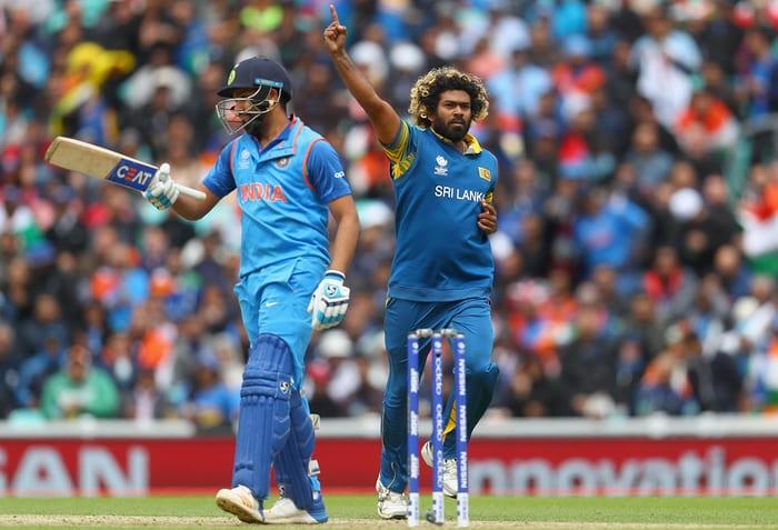 श्रीलंका के खिलाफ पहले वनडे से पहले लसिथ मलिंगा का रोहित शर्मा ने निकाला तोड़, इजात किये ये 4 नये शॉट 13