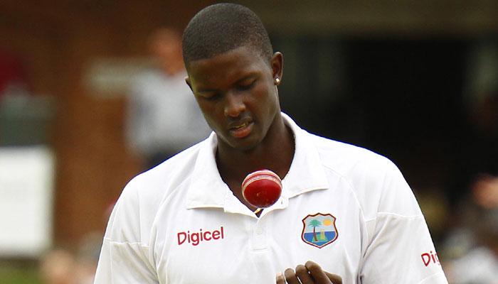 वेस्टइंडीज के कप्तान जेसन होल्डर ने की इंग्लैंड के खिलाफ मैच में शर्मनाक हरकत, लग सकता है 1 टेस्ट का प्रतिबन्ध 2