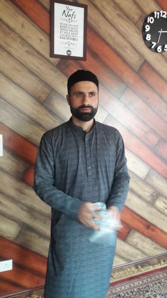 भारतीय टीम के इस स्टार खिलाड़ी ने गुपचुप तरीके से की शादी, पोस्ट ग्रेजुएट हैं लड़की 3