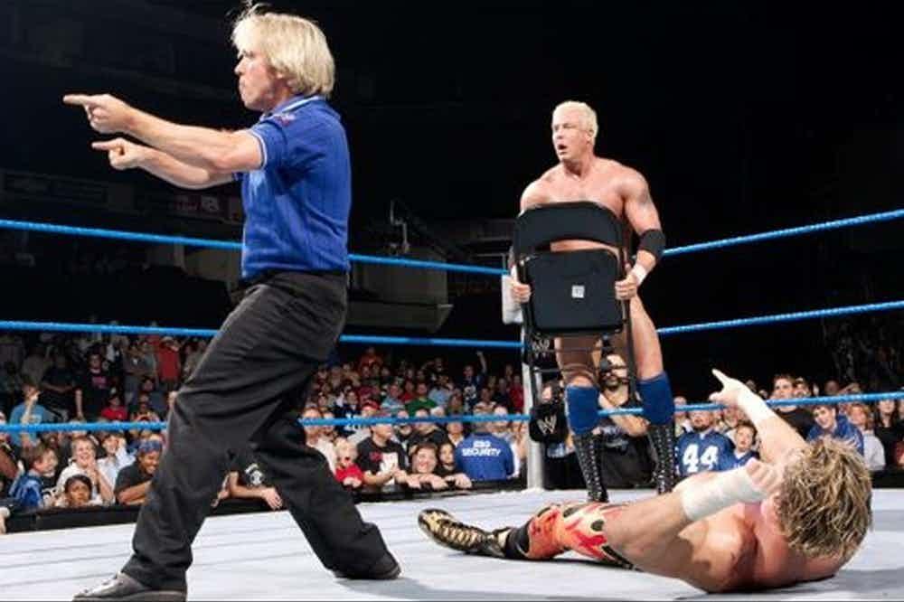 PHOTO: ये हैं WWE स्टार्स की वो आखिरी तस्वीरें जो मरने से पहले ली गयी थी, तस्वीरें देख आप भी हो उठेंगे भावुक 4