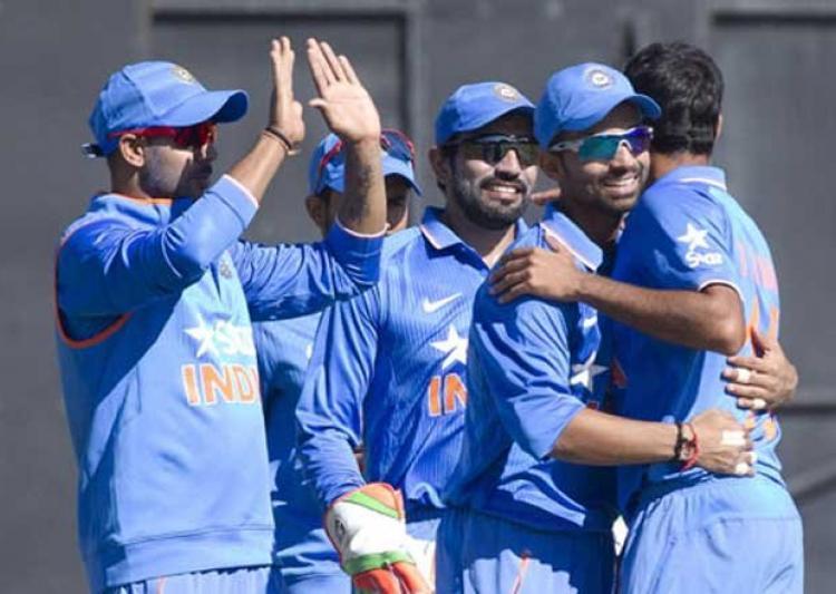 महत्वपूर्ण मुकाबले के पहले चोटिल हुआ भारतीय टीम का मुख्य बल्लेबाज, अगले मैच से हुआ बाहर 10