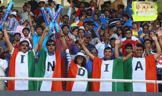 भारत और आस्ट्रेलिया के बीच मैच के दौरान पूर्व ऑस्ट्रेलियाई खिलाड़ी डीन जोंस ने कहा कुछ ऐसा भारतीय प्रसंशको ने लगा दी क्लास 3