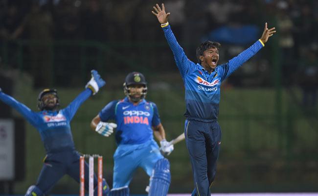 श्रीलंका का ऐसा गेंदबाज जिसके सामने विराट और रोहित भी नहीं बना पाते रन, बिना कोई मैच खेले अंतरराष्ट्रीय टीम में मिली थी जगह 6