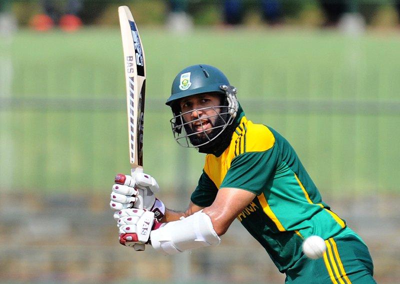 बांग्लादेश के खिलाफ खेली जा रही वनडे सीरीज के अंतिम मैच में अमला नहीं कर पाएंगे हमला, इस युवा खिलाड़ी को दिया गया मौका 1