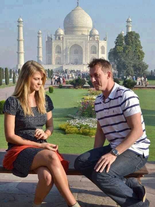 इश्कबाज निकली इस दिग्गज क्रिकेटर की वाइफ, प्रेमी के साथ रात गुजारने के लिए नहीं करती थी पति के साथ विदेशी दौरा 1