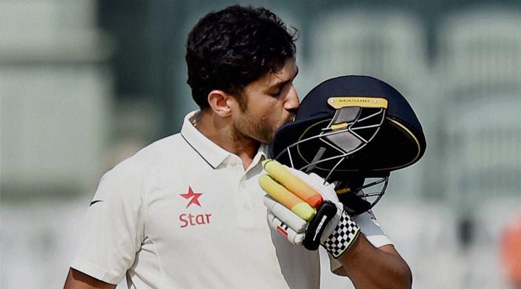 मुरली विजय बल्लेबाजी छोड़ बन गये हैं गेंदबाज, खूब चटका रहे हैं विकेट 3