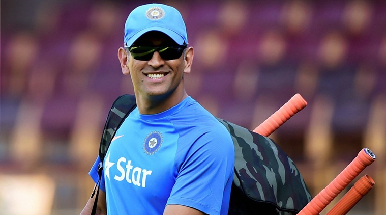 बड़ा सवाल: भारतीय टीम की कप्तानी छोड़ने के बाद कैसा रहा है धोनी का प्रदर्शन? चौकाने वाले है आँकड़े 2