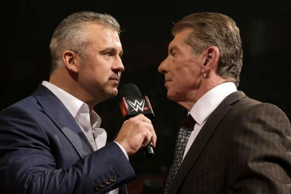 WWE NEWS: शेन मैकमोहन के सस्पेंड होने पर क्या उनके पिता विन्स मैकमोहन करेंगे मदद या फिर से दिखायेंगे अपना दोगलापन? 14