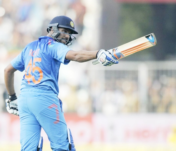 VIDEO: हर्षा भोगले ने विराट कोहली, एमएस धोनी को नहीं बल्कि इस भारतीय बल्लेबाज को बताया सदी का सबसे बेहतरीन बल्लेबाज 4