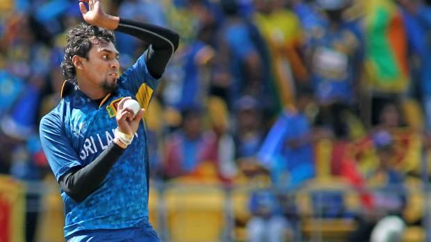 INDvSL:कभी आंतकवादियों का शिकार हुआ था यह क्रिकेटर, आज खुद करेगा कोहली और धोनी का शिकार 24