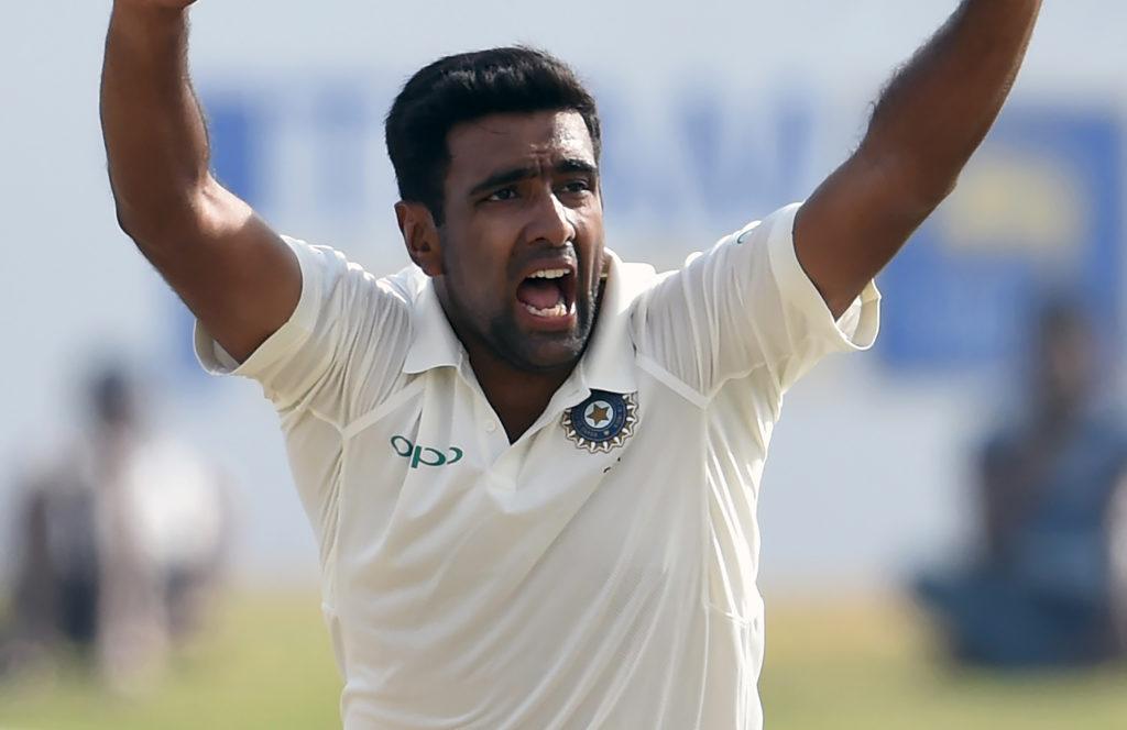 श्रीलंका के खिलाफ 8 विकेट लेते ही मुरलीधरन, शेन वार्न को पीछे छोड़ ऐसा करने वाले दुनिया के पहले गेंदबाज बन जायेंगे अश्विन 5