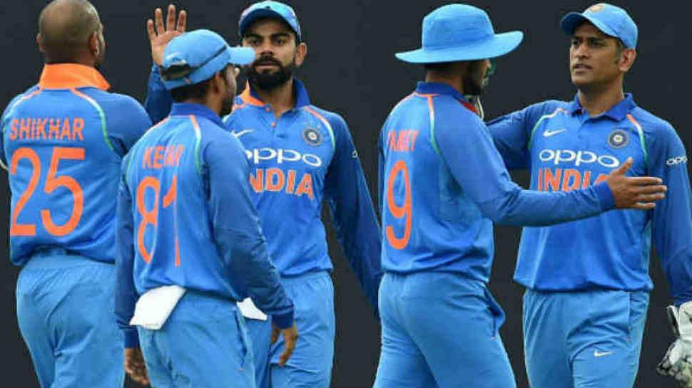 भारत और आस्ट्रेलिया के बीच मैच के दौरान पूर्व ऑस्ट्रेलियाई खिलाड़ी डीन जोंस ने कहा कुछ ऐसा भारतीय प्रसंशको ने लगा दी क्लास 2