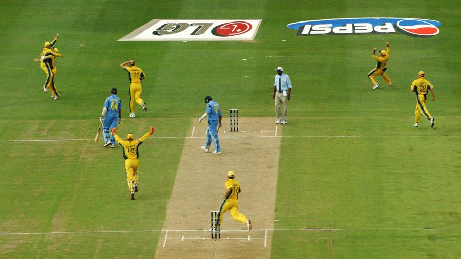 चिन्नास्वामी में खेला जाना है भारत-ऑस्ट्रेलिया के बीच चौथा वनडे मैच, जाने आँकड़ो के अनुसार कौन है जीत का प्रबल दावेदार 3