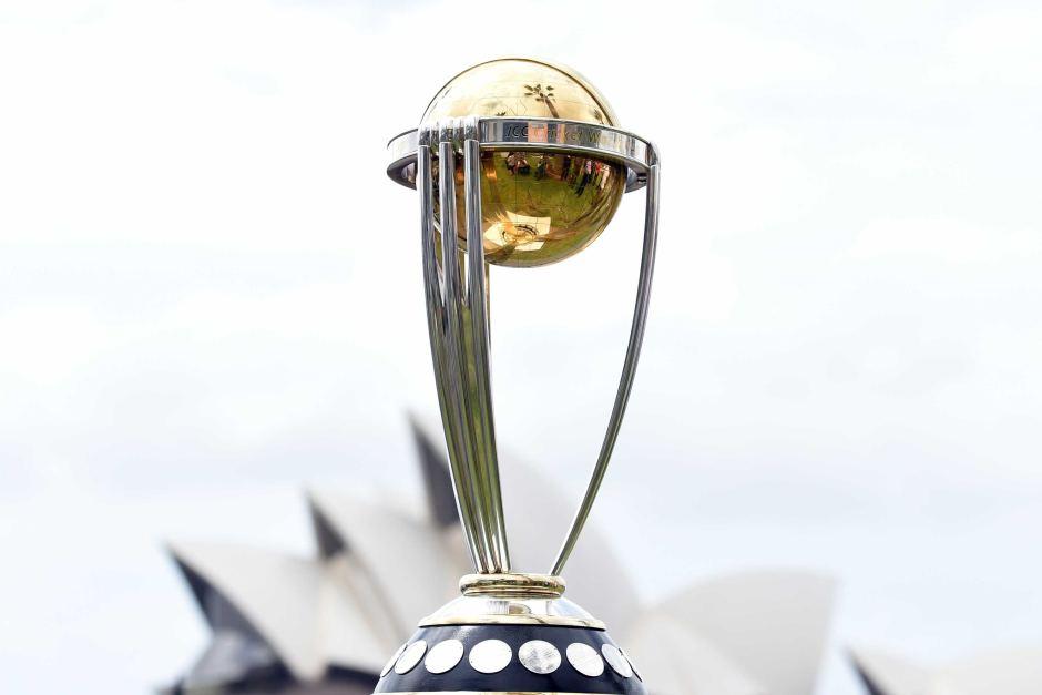 टी-20 टीम के बाद धोनी के वनडे टीम में जगह को लेकर उठे सवाल, अब सिर्फ इस शर्त पर टीम में रह सकते है धोनी 4