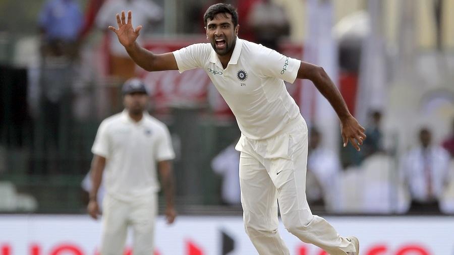 श्रीलंका के खिलाफ 8 विकेट लेते ही मुरलीधरन, शेन वार्न को पीछे छोड़ ऐसा करने वाले दुनिया के पहले गेंदबाज बन जायेंगे अश्विन 1