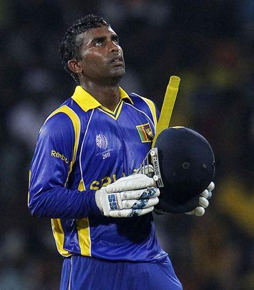 बुरे दौर से गुजर रही श्रीलंका के इस अनुभवी खिलाड़ी पर लगे दो साल के प्रतिबंध के हटने के बाद हो सकती है टीम में वापसी 2