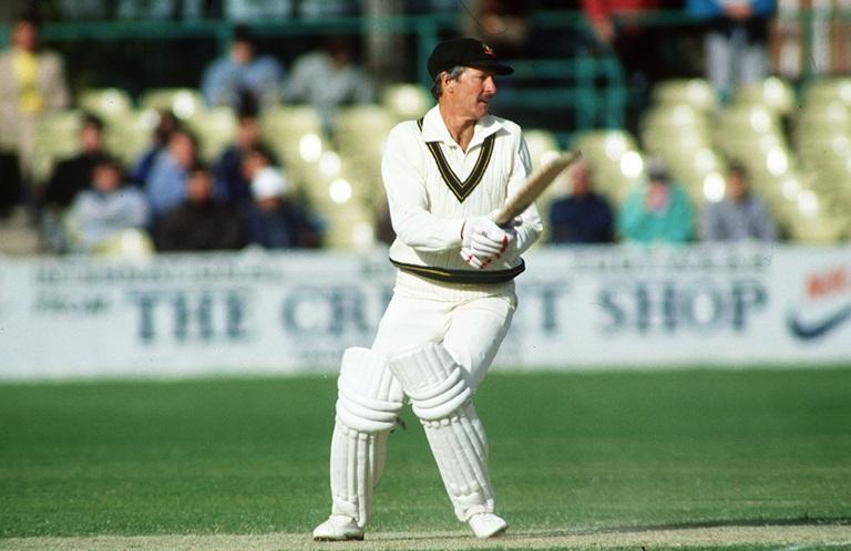 आज भारत के खिलाफ दुसरे वनडे में हाथ पर काली पट्टी बाँधकर उतरे ऑस्ट्रेलियाई खिलाड़ी, जानना नहीं चाहेंगे क्यों? 5