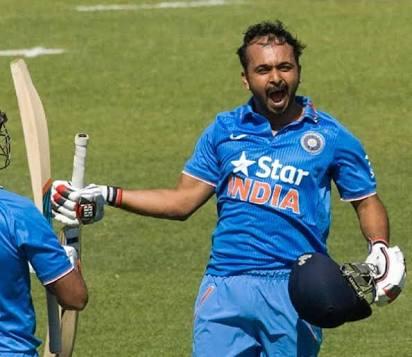 कोहली, अफरीदी, गेल, डिविलियर्स नहीं बल्कि विश्व में यह है भारत का एकमात्र बल्लेबाज जिसका स्ट्राइक रेट सभी फॉर्मेट में है 117 से ऊपर 3