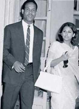 PHOTOS: जब बॉलीवुड के रोमांटिक किंग राजेश खन्ना की मंगेतर हुई इस कैरेबियन खिलाड़ी पर फिदा 3